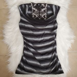 Sleevless Striped Black and White Blouse
